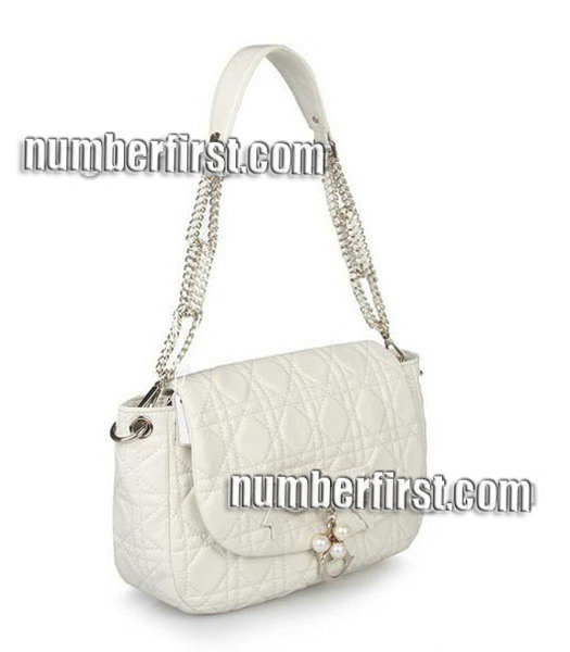 Christian Dior Chains Shoulder Bag in Offwhite Lambskin-1
