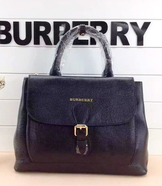 Burberry The Medium Saddle Bag Black Calfskin Leather