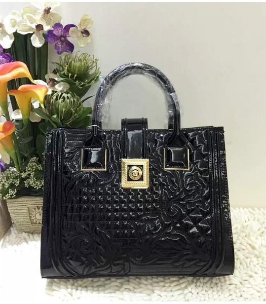Versace Classic Cow Patent Leather Tote Bag 2840 In Black