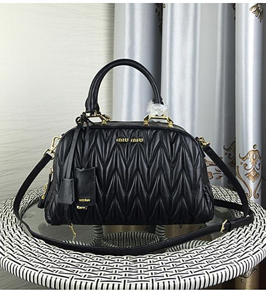 Miu Miu Matelasse Black Leather Fashion Handle Bag 1015