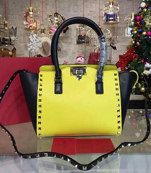 Valentino Rockstud Small Top Handle Bag Yellow/Black Original Leather Golden Nail