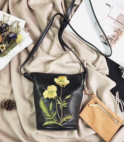 Stella McCartney Popper Black Environmental Polyester Fiber Yellow Flower 24cm Hobo Bag